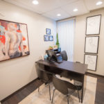 Center for Cosmetic Surgery comfortable free consultation room